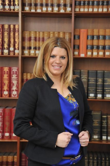 1) Cristina Sort Humbert - Presidenta